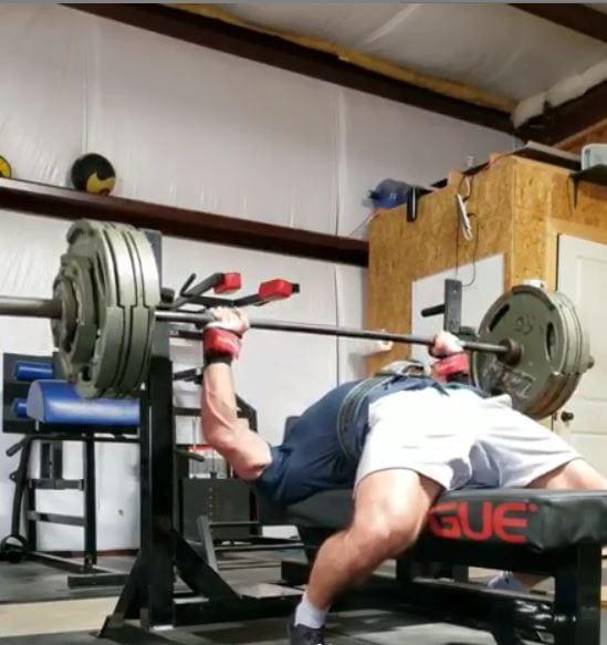 Watch: Cailer Woolam's 915lb Deadlift With No Belt!